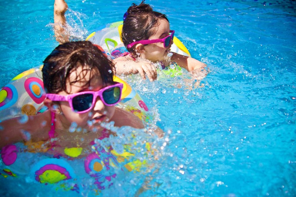 kiddie pool party