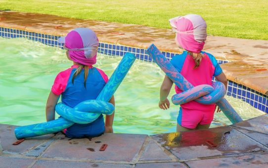 Cool Pool Party Ideas for One Smashing Summer