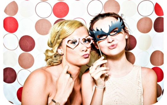 5 Tips for An Awesome Photo Booth Rental