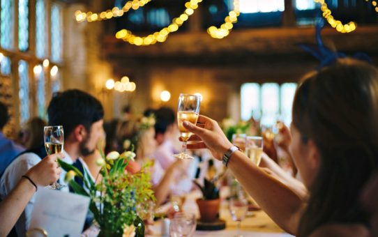 Should You Go For A Big or Small Wedding?