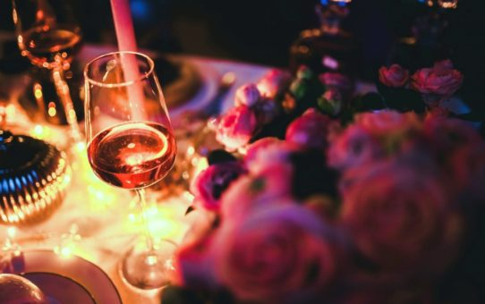 4 Tips for the Perfect Romantic Dinner