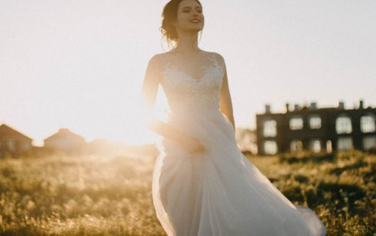 How to Beat The Heat on Your Summer Wedding