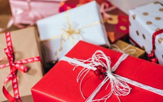 Holiday Gift Giving Gone Wrong: Common Mistakes in Gift-giving