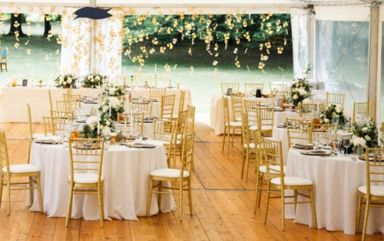 How to Choose the Perfect Chair Rental for Your Wedding