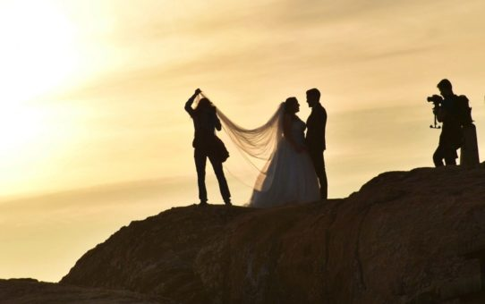 Tips on Hiring Your Wedding Photographer and Videographer
